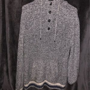 American Eagle Pull-Over Hoodie Sweater